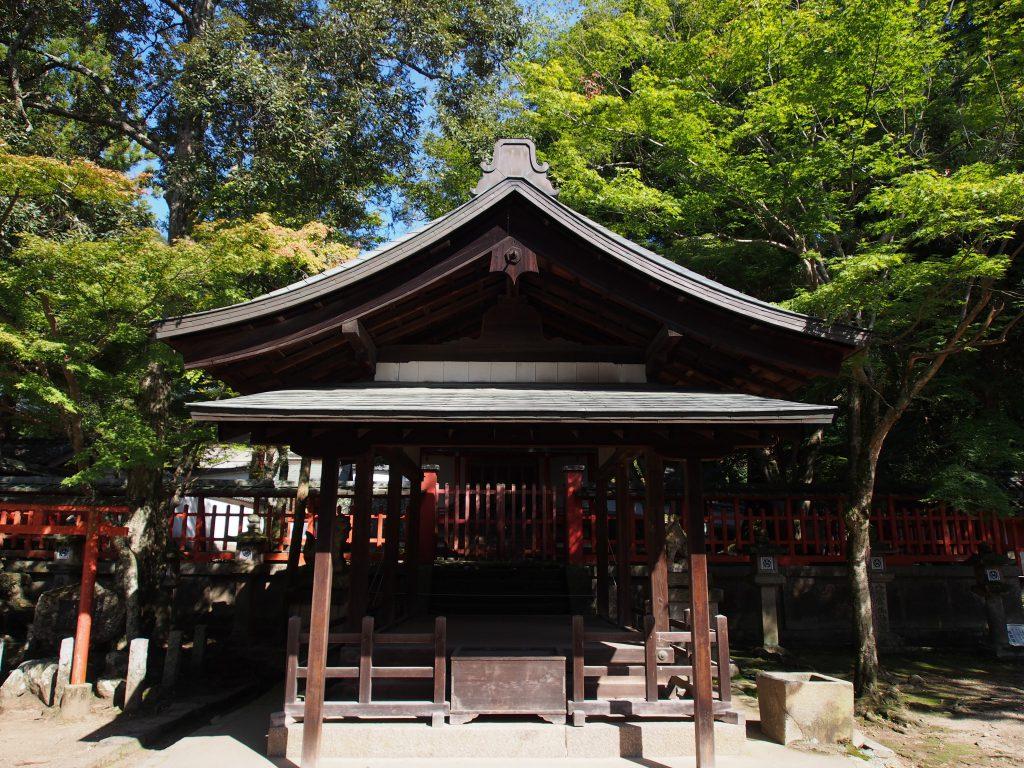 若宮神社(手向山八幡宮)