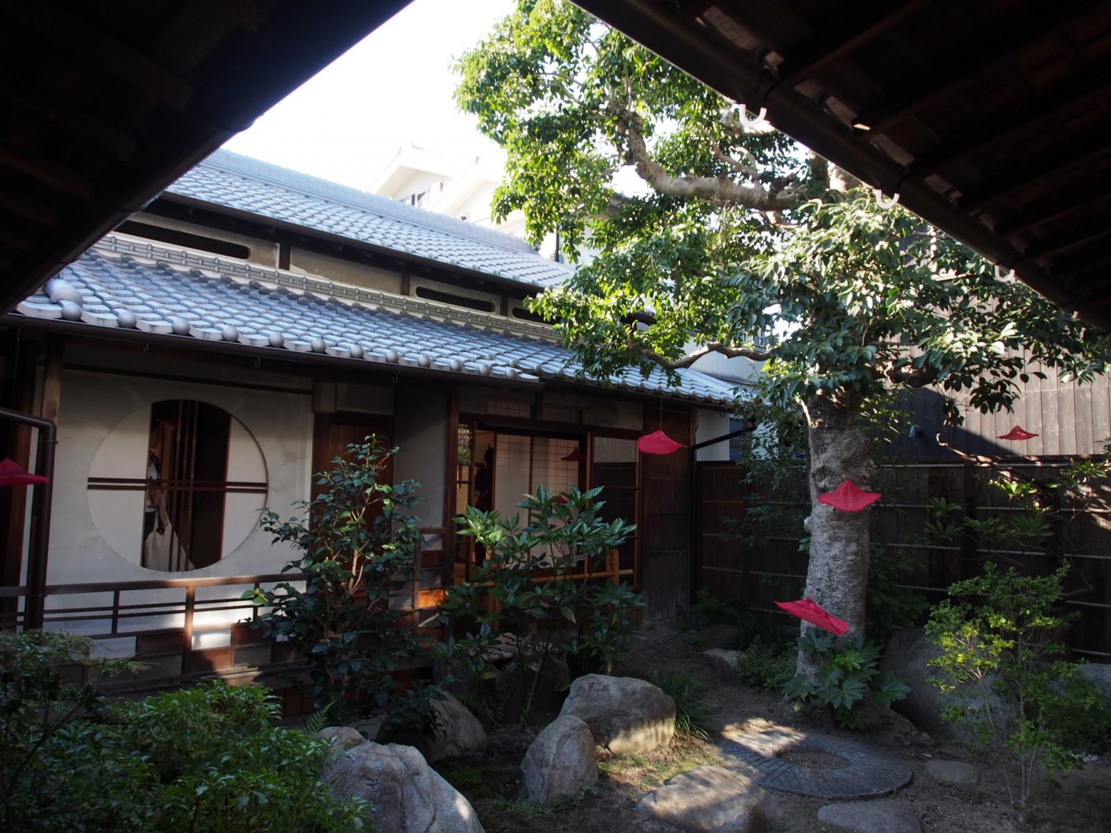 奈良町にぎわいの家「中庭」