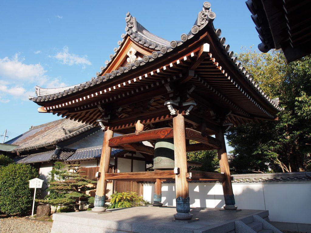 蓮長寺鐘楼