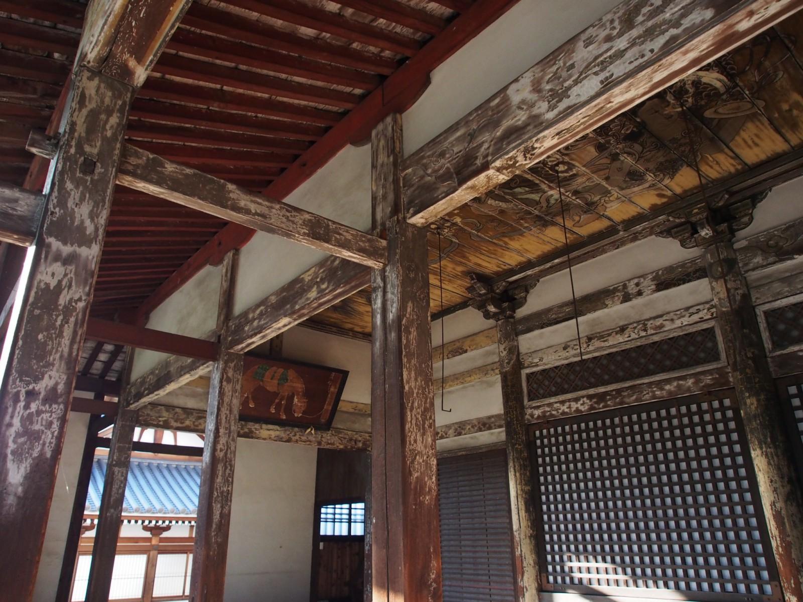 天井絵で知られる蓮長寺本堂