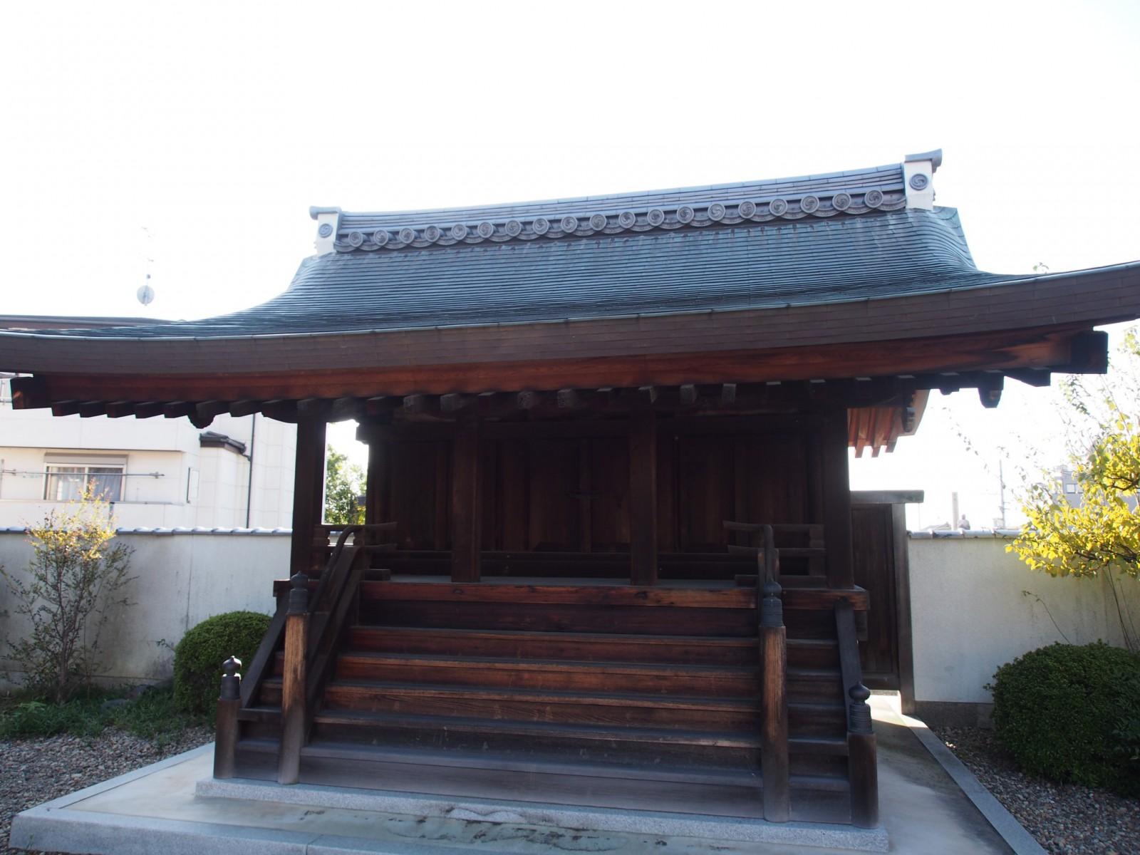 蓮長寺番神堂