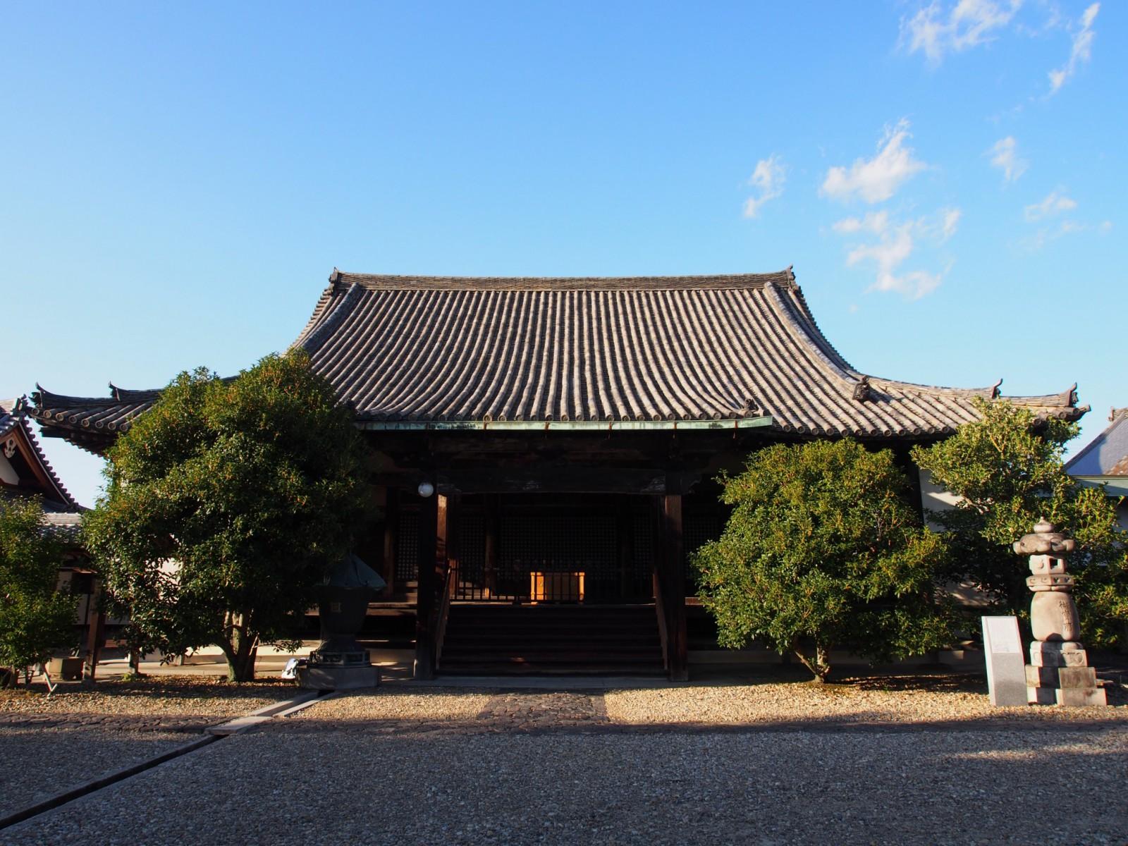 蓮長寺本堂