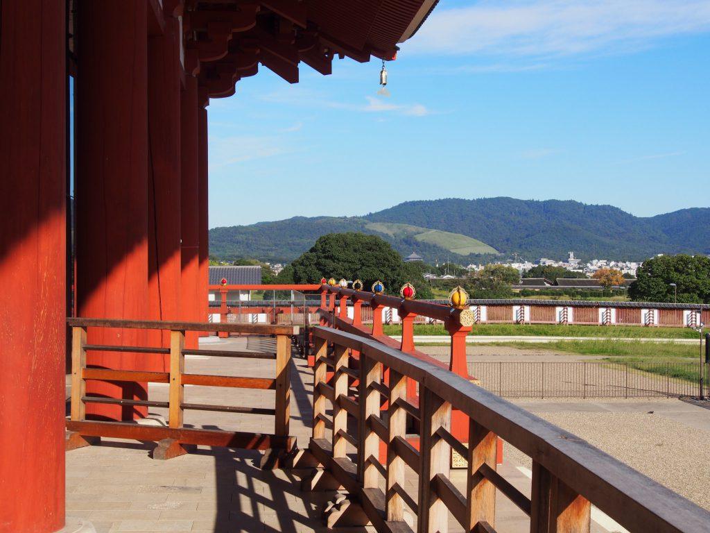 第一次大極殿から若草山・東大寺方面を望む
