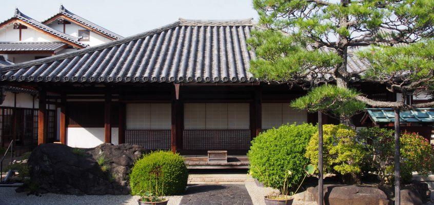【十輪院】様々な「石仏」の魅力を存分に満喫できるならまちエリア有数のお寺