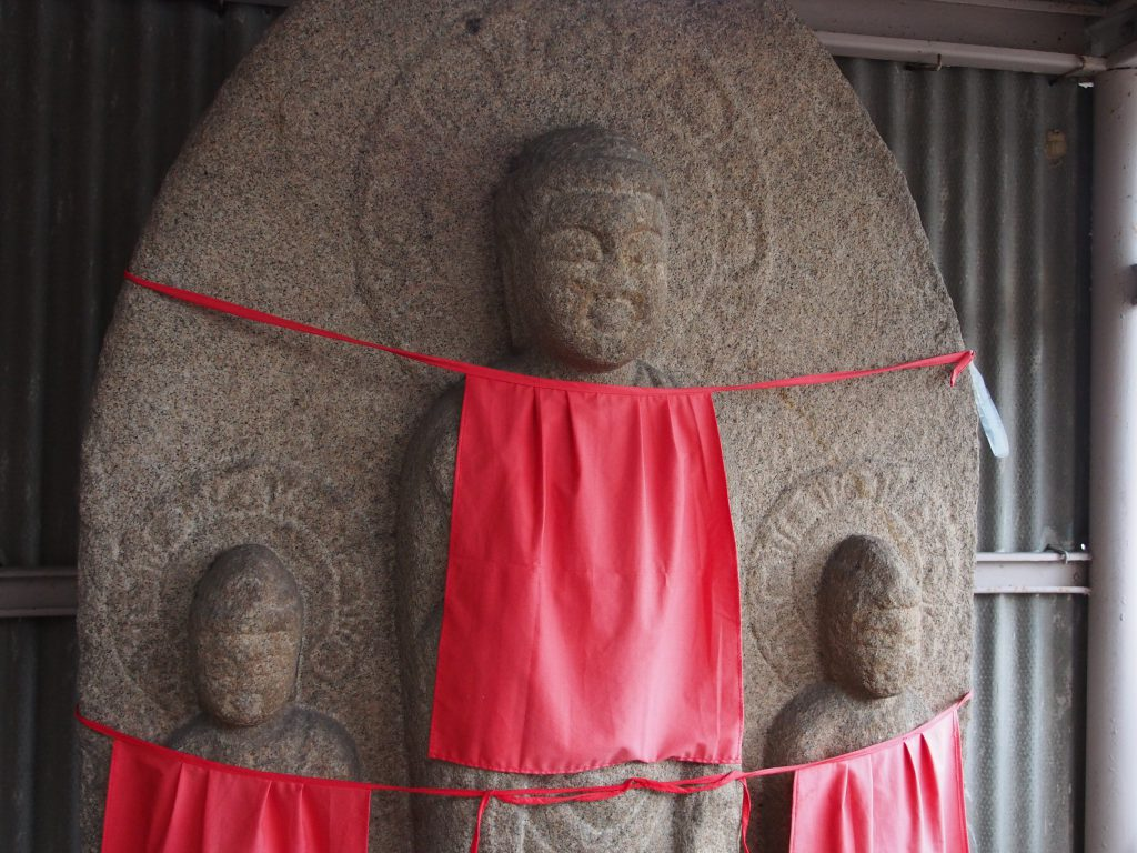 【京終地蔵院】美しい阿弥陀三尊をご覧いただける穴場スポット