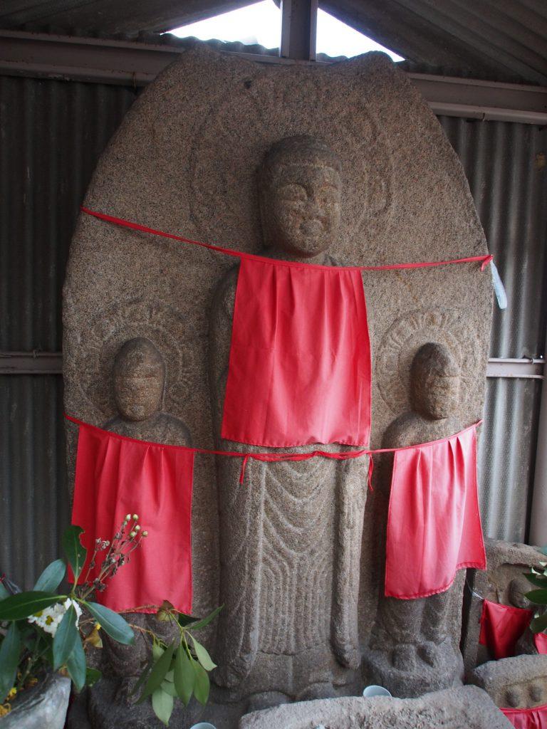 京終地蔵院の阿弥陀三尊