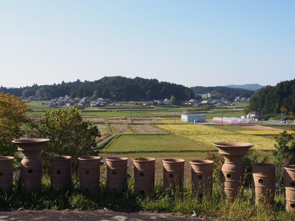 三陵墓西古墳から都祁エリアの農村風景を望む