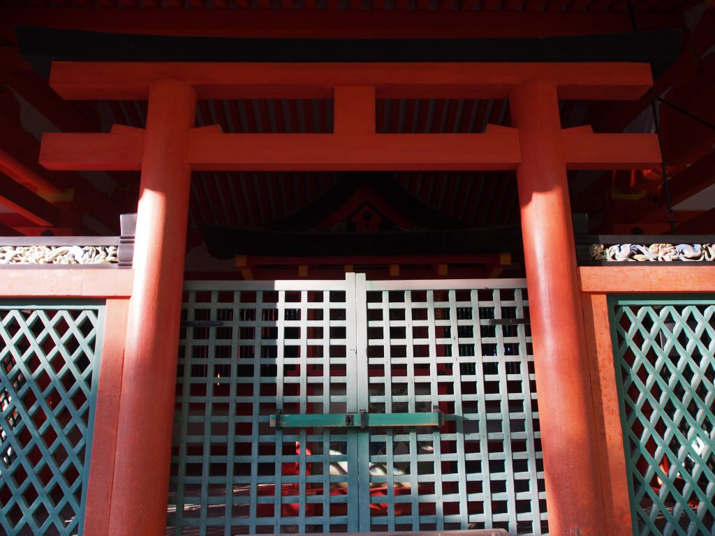 榎本神社の鳥居