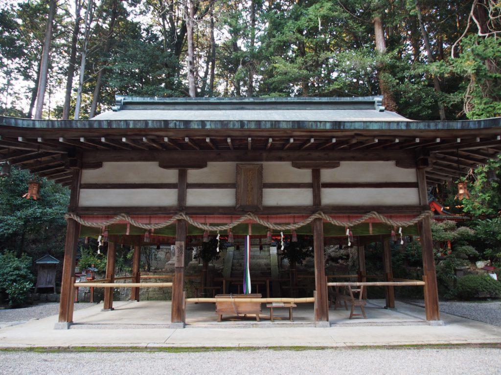 夜支布山口神社の拝殿