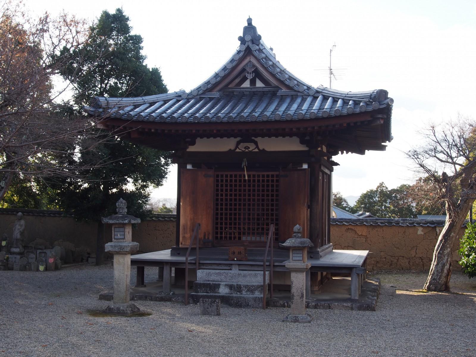 新薬師寺地蔵堂