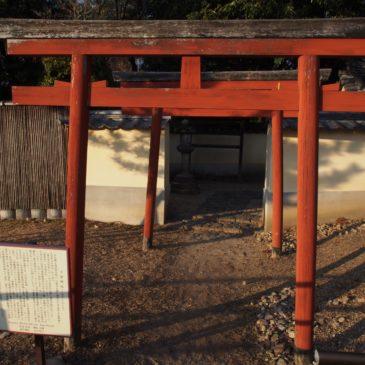 【子安神社】「良弁」僧正の母親を祀ったとも言われる東大寺境内の神社