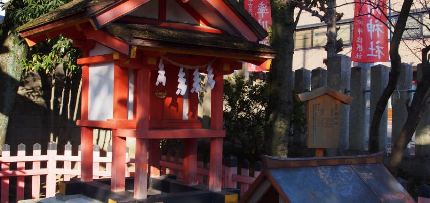 【春日社(率川神社)】阿波神社の隣にお祀りされる春日の神様