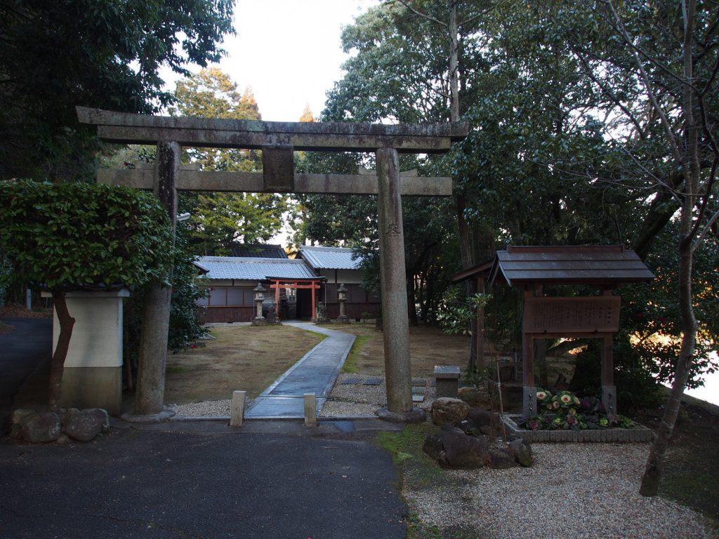 釣殿神社の鳥居