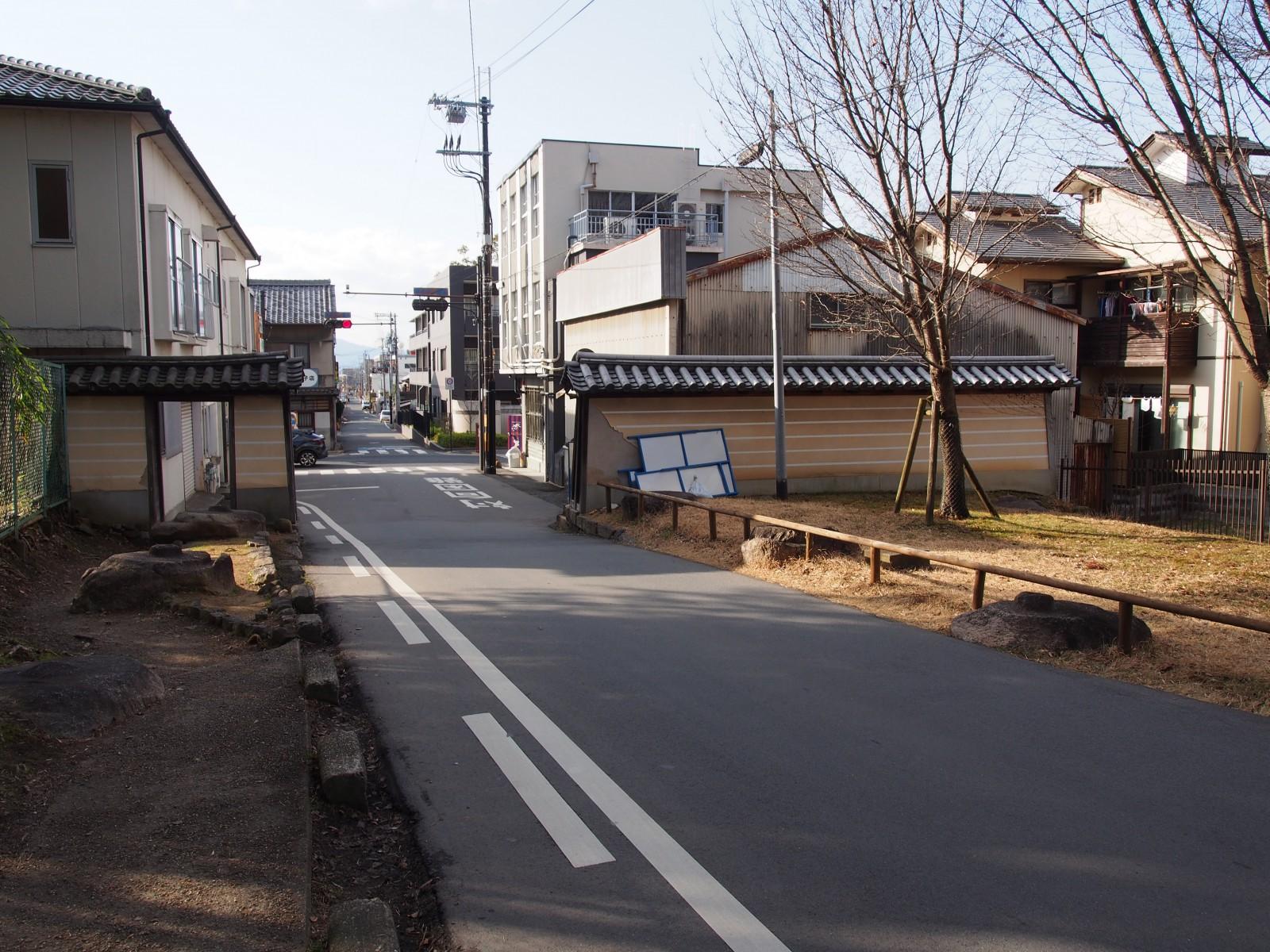 東大寺焼門・中門跡