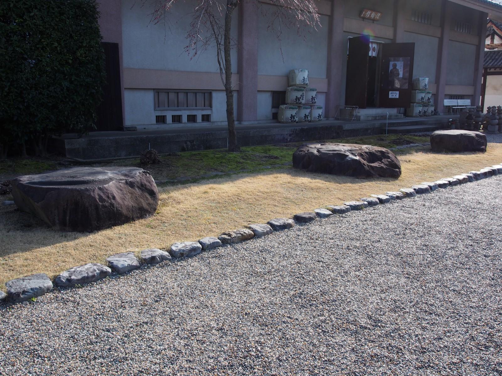 元興寺講堂跡礎石