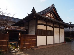 【元興寺小子房】僧坊の一部や庫裏など時代ごとに様々な役割を有してきた建築