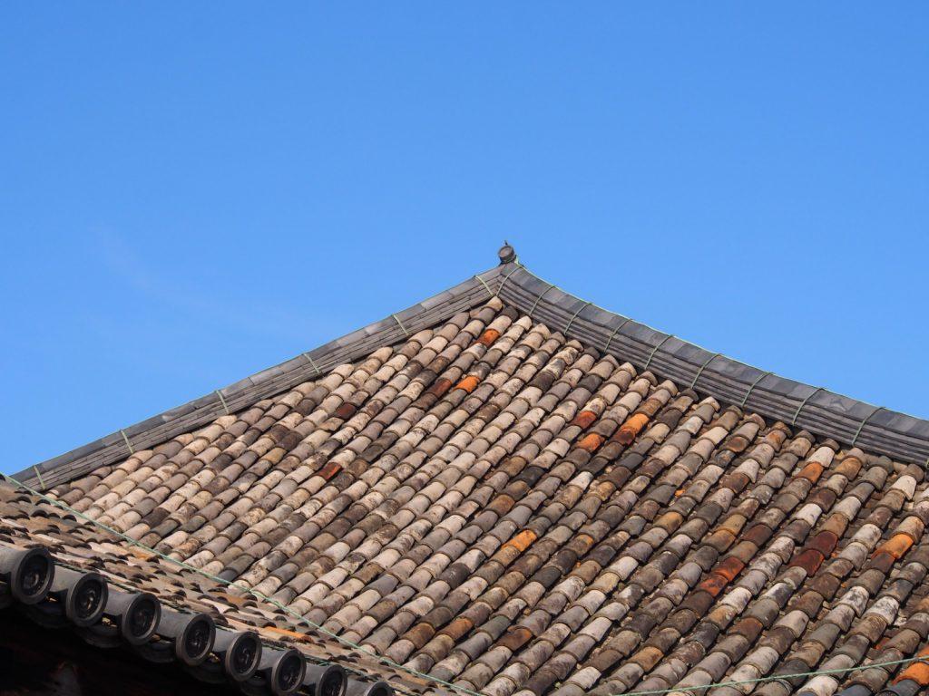 元興寺本堂の屋根瓦