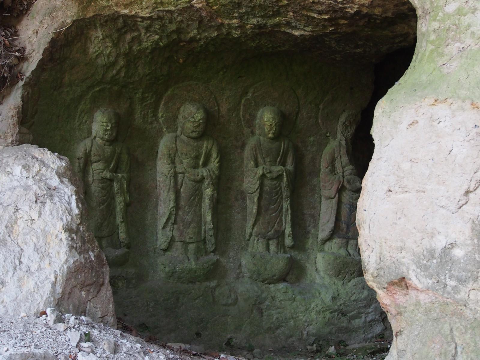 春日山石窟仏(地蔵菩薩立像)
