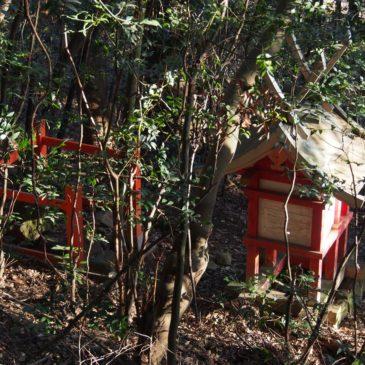 【住吉神社・市ノ井恵毘須神社】深い茂みの中にある知られざる春日大社末社