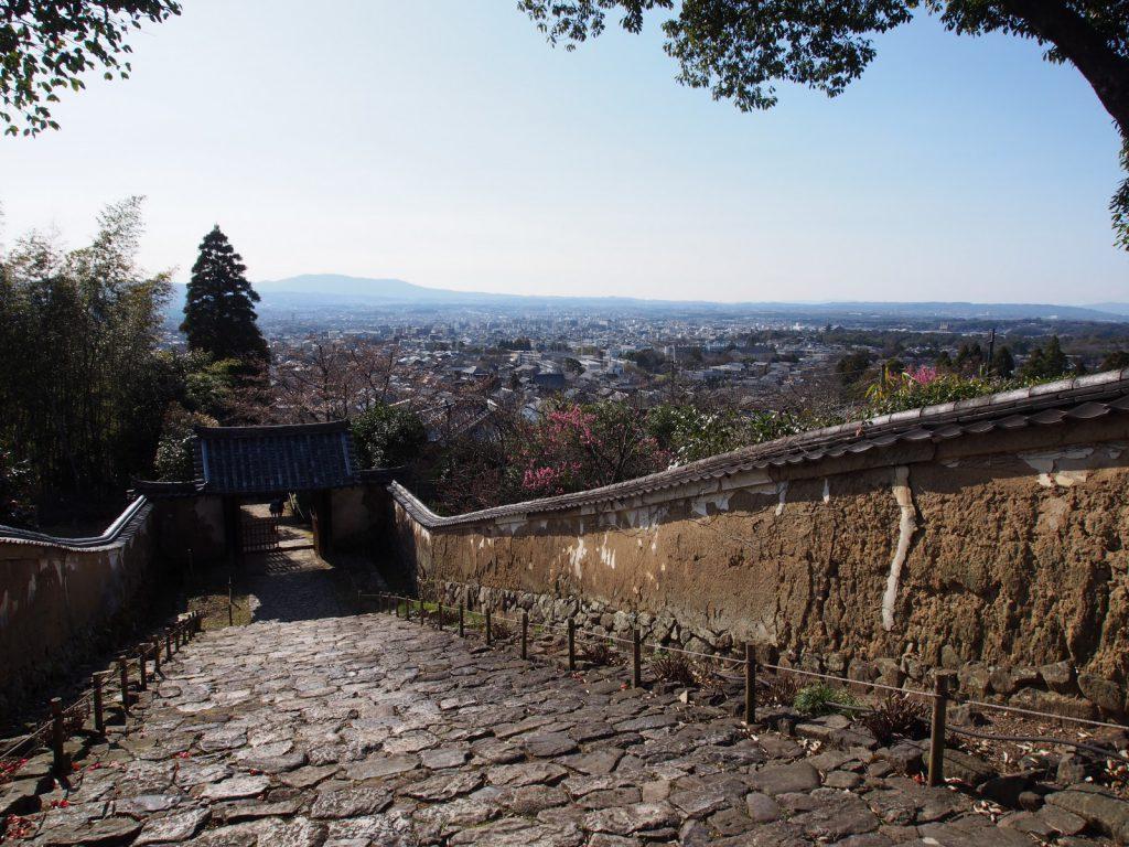 白毫寺参道からの眺め