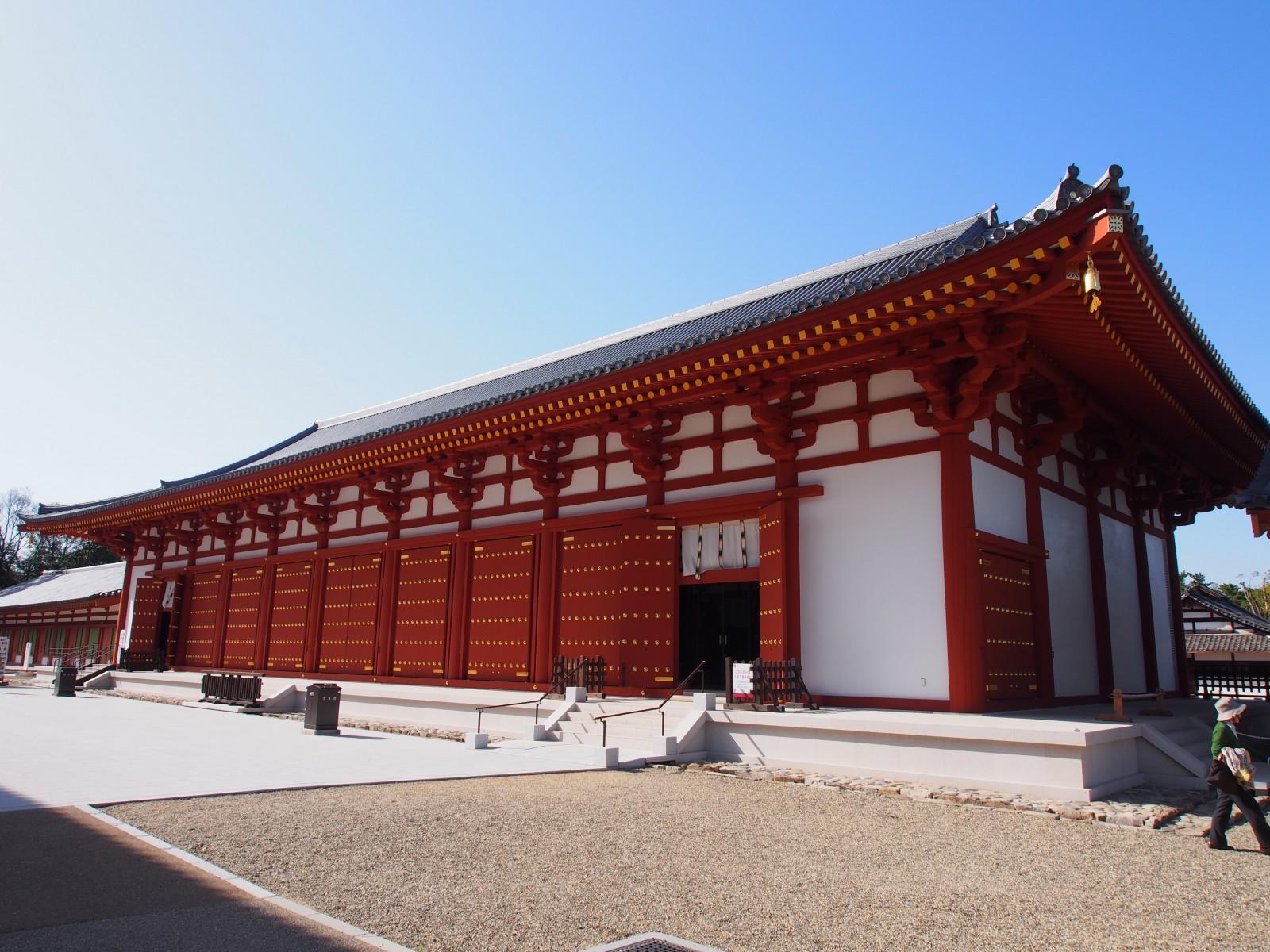 近年再建された薬師寺「食堂」