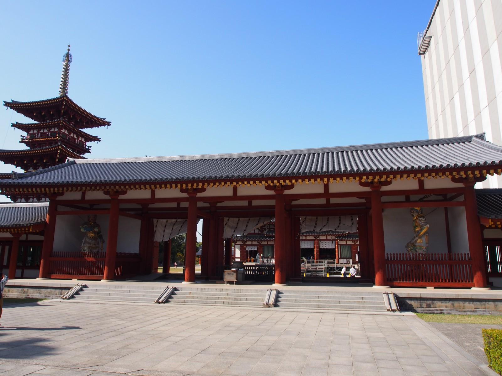薬師寺中門