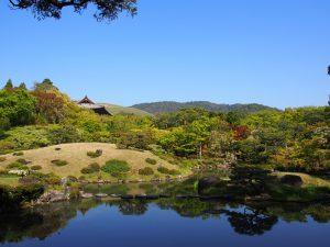【依水園】季節ごとの彩り豊かな「絶景」が広がる奈良最大級の日本庭園