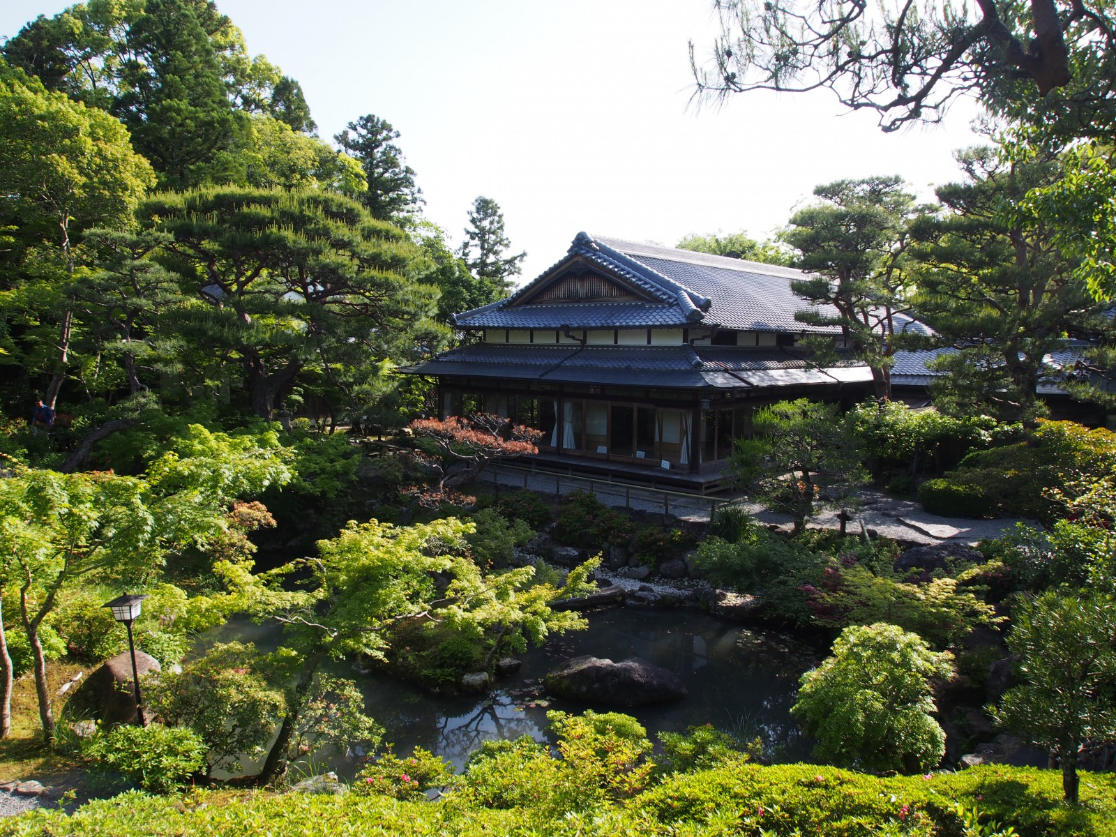吉城園「池の庭」と旧正法院家住宅