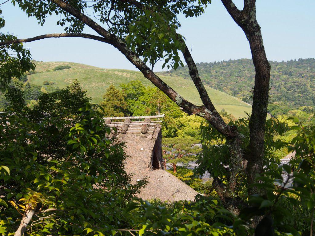 吉城園から若草山方面を望む風景