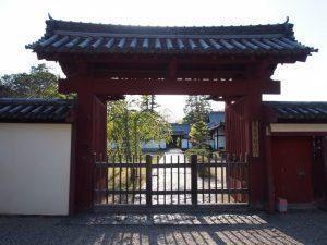 【東大寺勧進所】年1回しか公開されない貴重な国宝の「神像」などを祀る隠れたみどころ