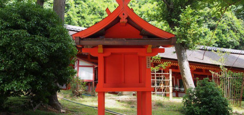 【青榊神社(春日大社)】本殿のすぐ近くにある「争い事」を解決に導いて下さる神様