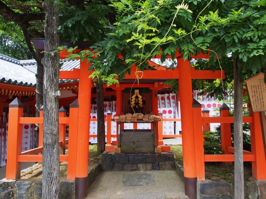 【多賀神社(春日大社)】延命長寿の神様は東大寺の「重源上人」に関する故事を今に伝える