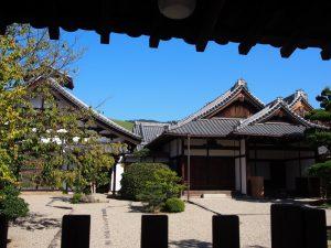 【東大寺本坊】5月2日のみ拝観可能な空間には「天皇殿」や奈良時代の「経庫」も