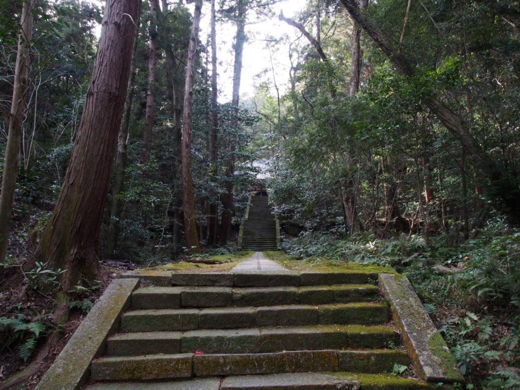 王龍寺の参道