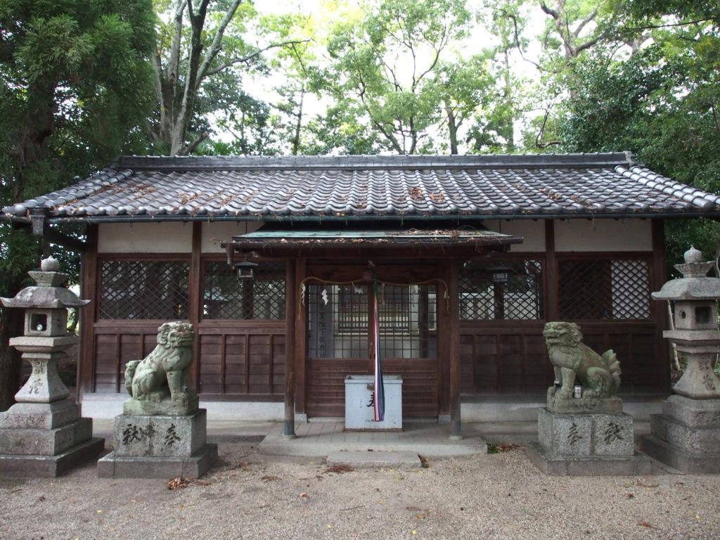 八剣神社(天理)の社殿