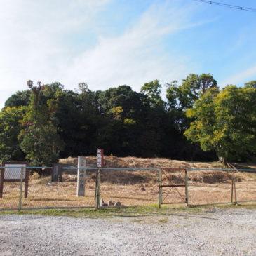 【塩塚古墳】墳丘の形状が比較的わかりやすい中規模古墳